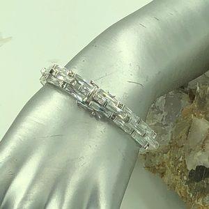 "Jewelry - Elegant Thin Rectangular Bracelet 6.75"" Long"